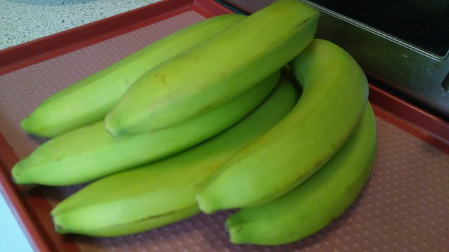 Extrem grüne Bananen
