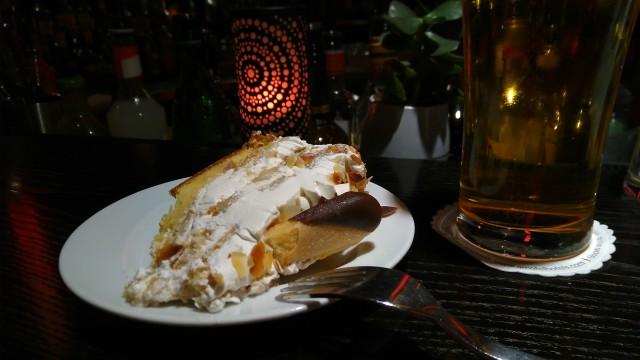Torte und Bier