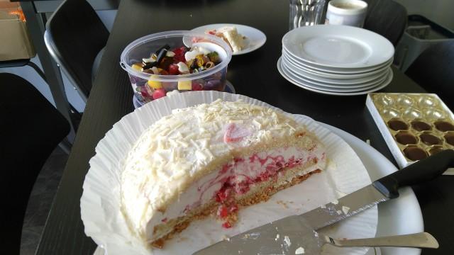 Torte mit Eisschicht