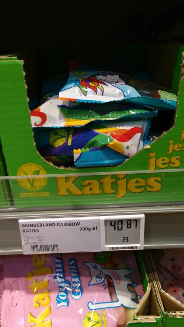 Preisschild von Fruchtgummis für mehr als 40 Euro.